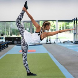 Girlie cool printed sport legging, Kleur Monochrome Madness, Maat S